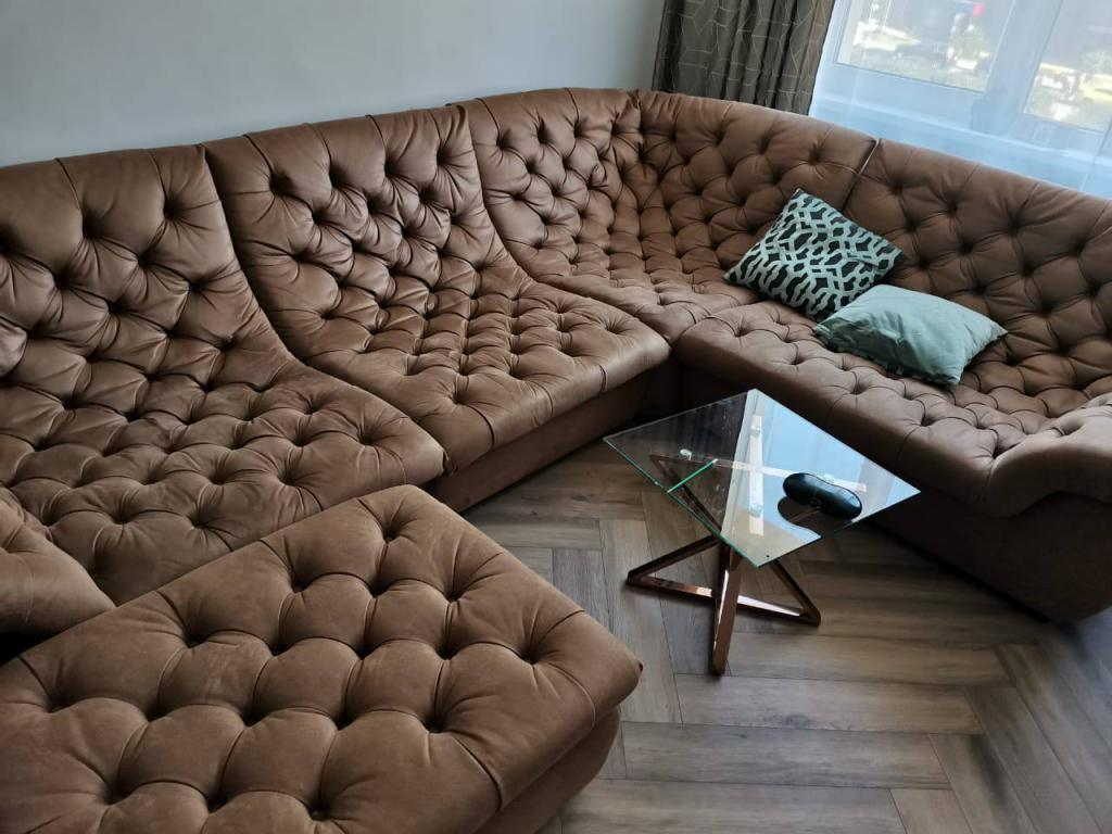 химчистка диванов на дому москва
